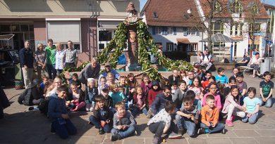 Neckarelzer Marktplatz erstrahlt österlich
